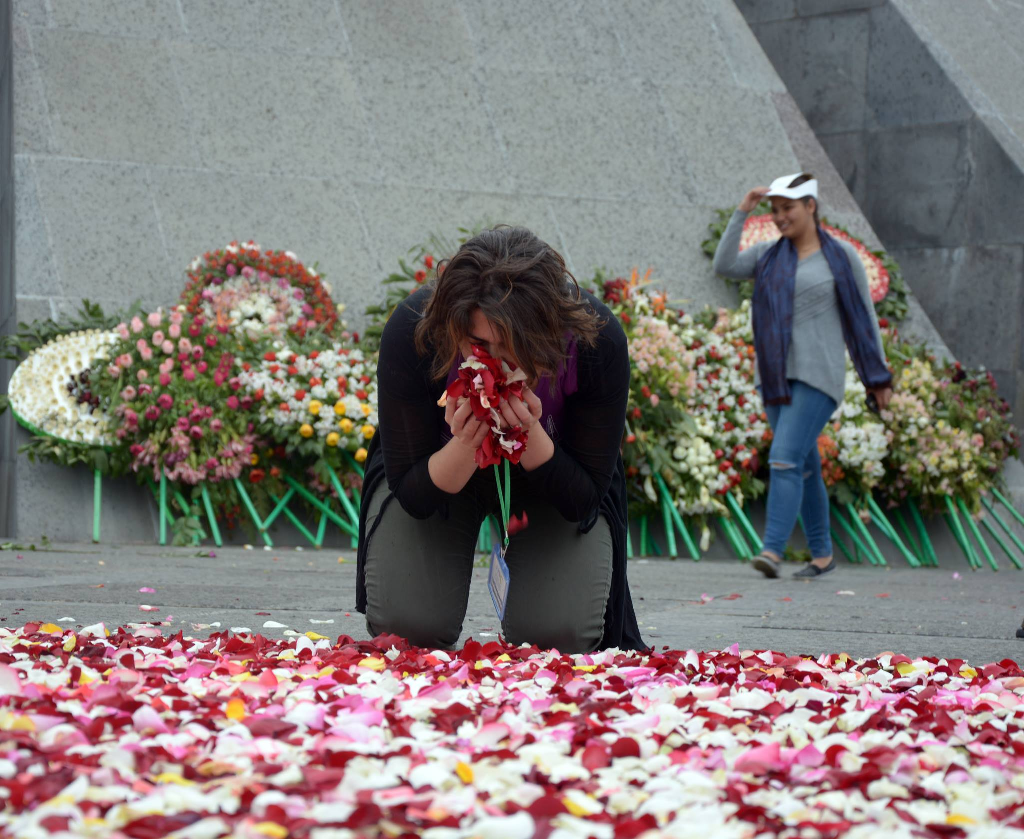 Геноцид армян фото цветка